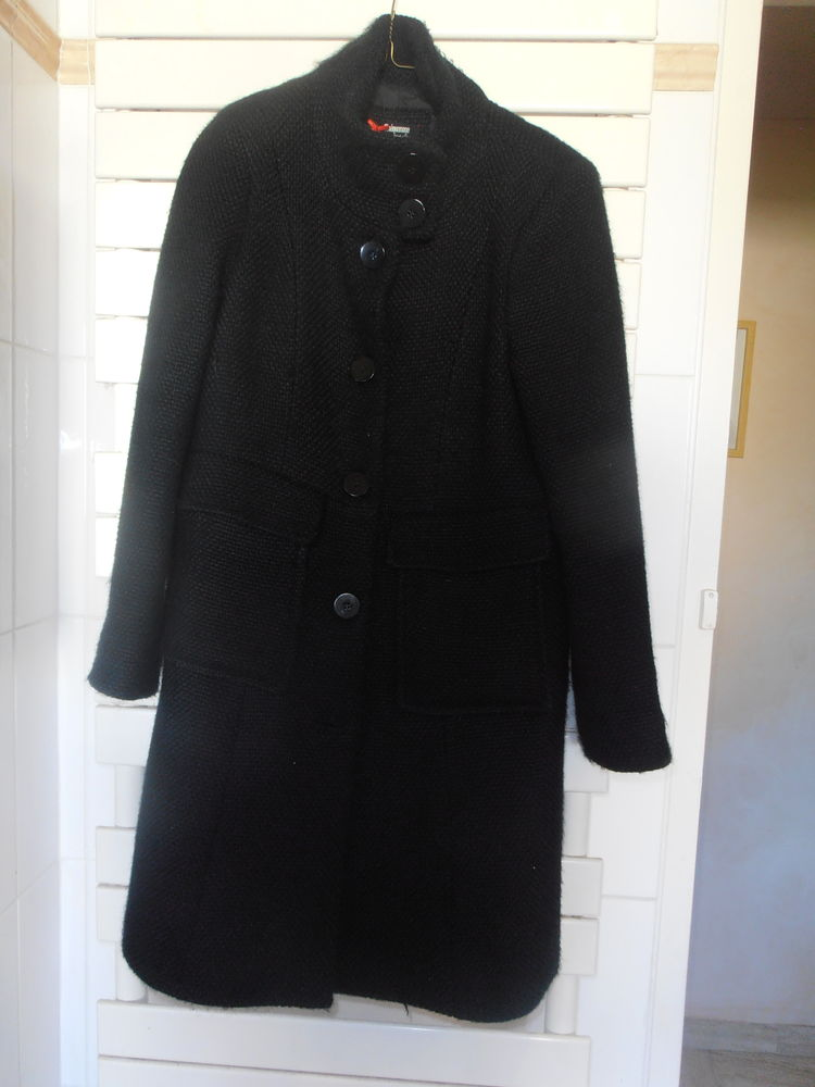 manteau femme marque morgan noir  25 Savigny-le-Temple (77)