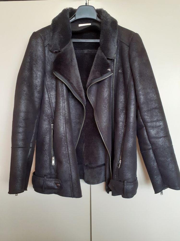 Manteau femme taille 42 20 Roubaix (59)