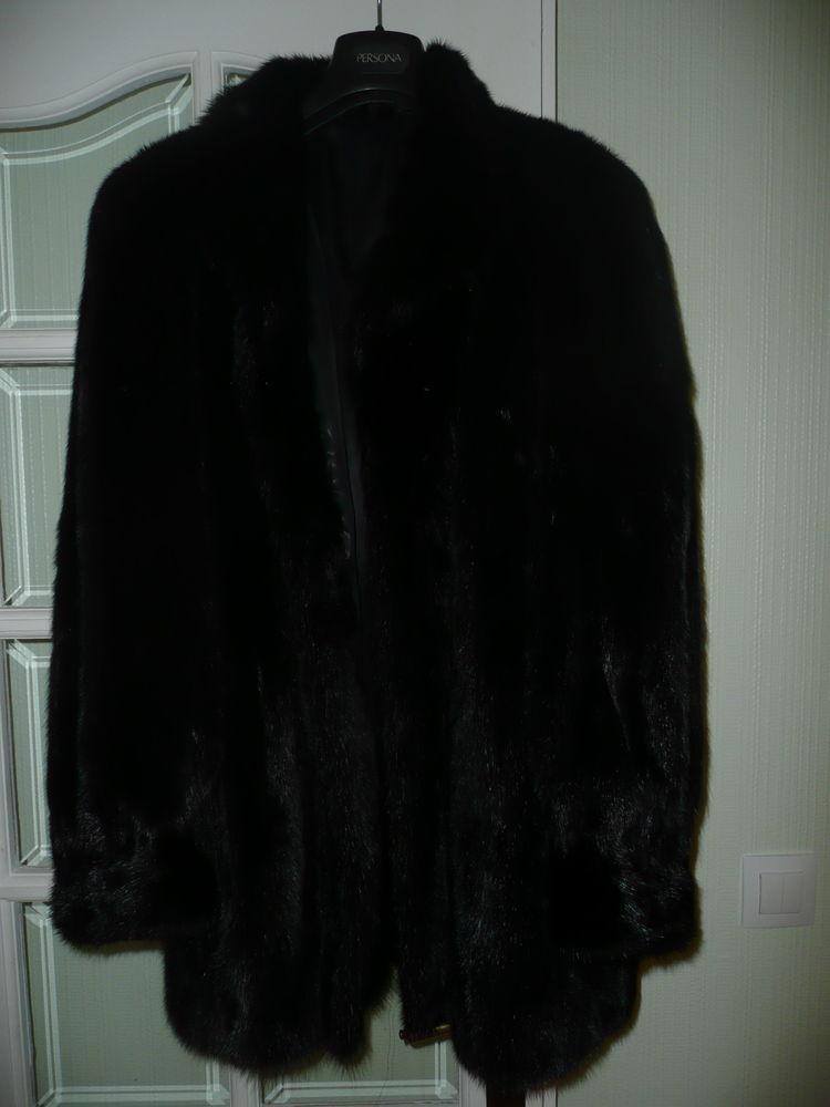 Manteau de femme en vison 40/42 410 Pontault-Combault (77)