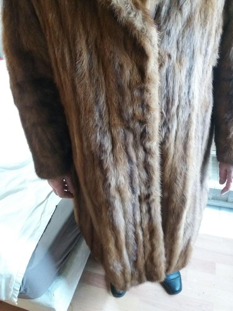 Manteau femme vison doré 500 Paris 19 (75)