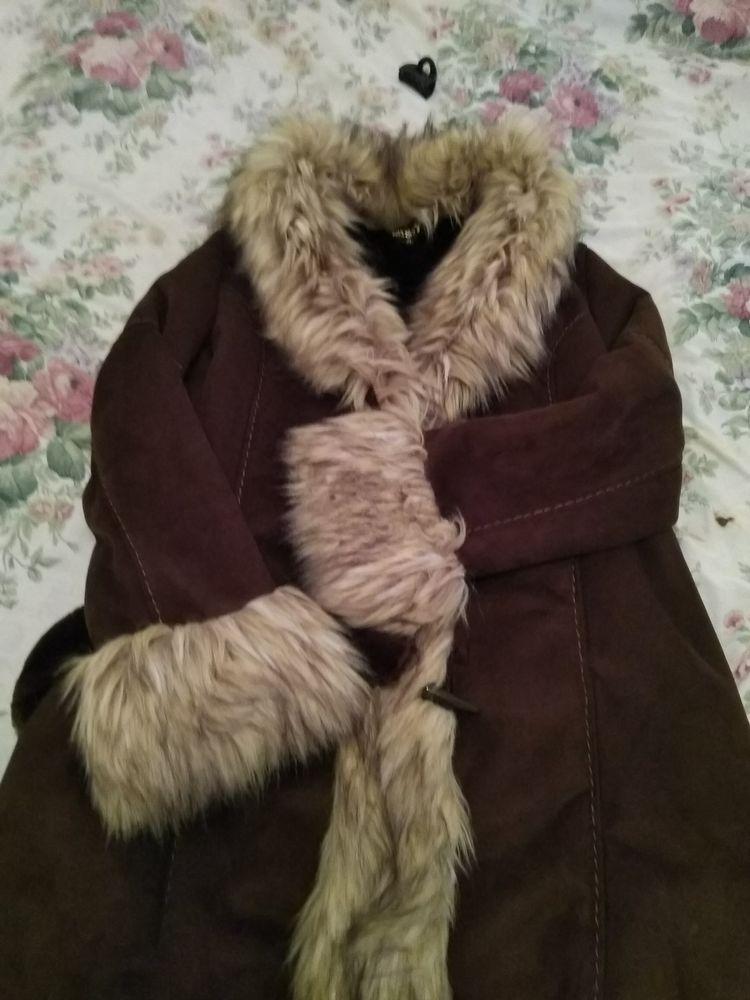 Manteau femme 40 Saint-Bonnet-près-Riom (63)