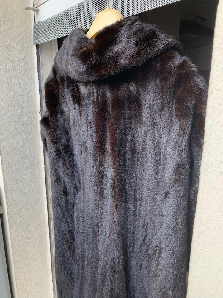 MANTEAU FOURRURE VISON coloris marron -noir. DARK 0 Cagnes-sur-Mer (06)