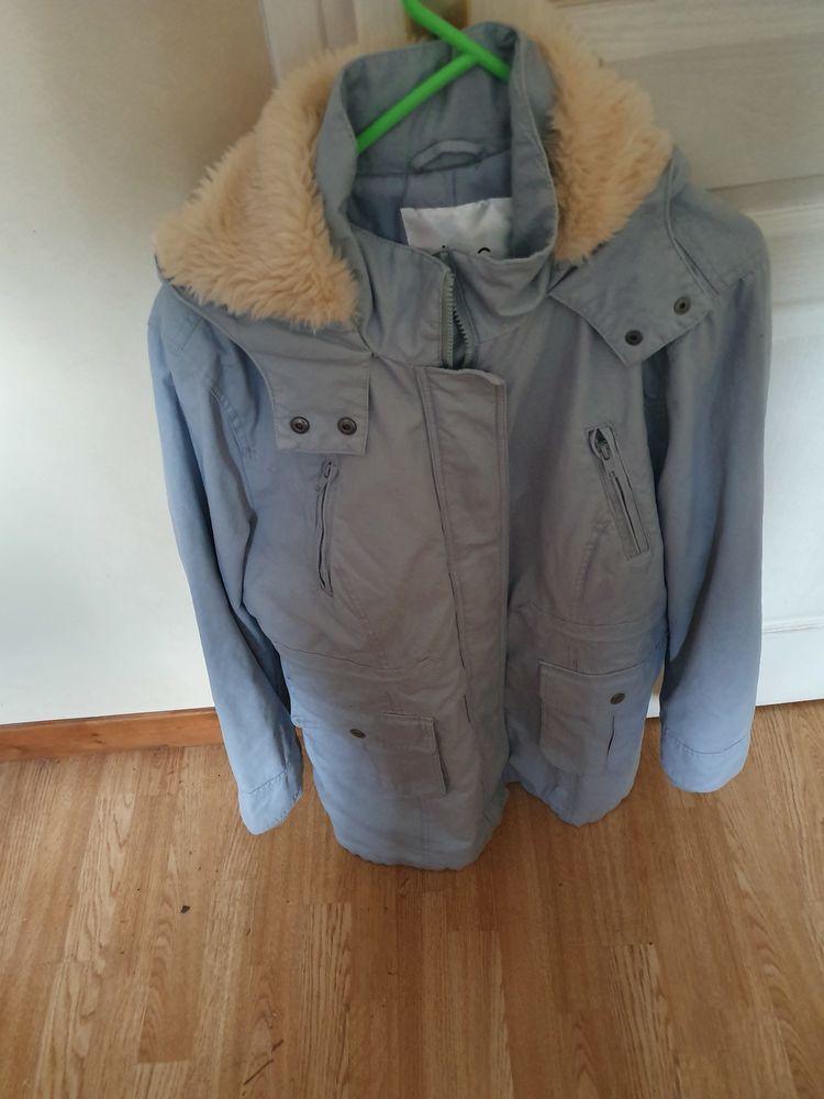 manteau d'hiver j'amais porter neuf 0 Iverny (77)