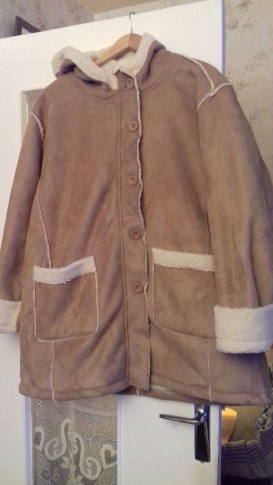 Manteau d'hiver Suédine 40 Champigny-sur-Marne (94)