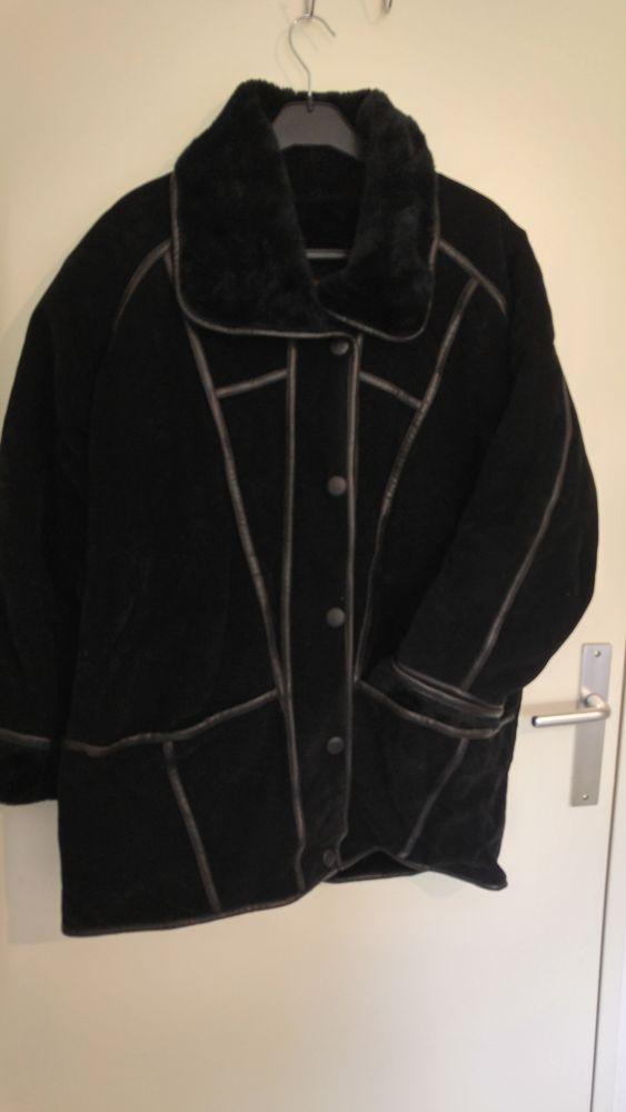 Manteau imitation daim en L 20 Carbonne (31)