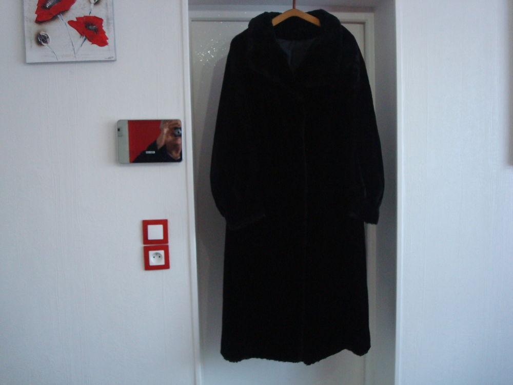 manteau imitation fourrure 30 Calonne-Ricouart (62)