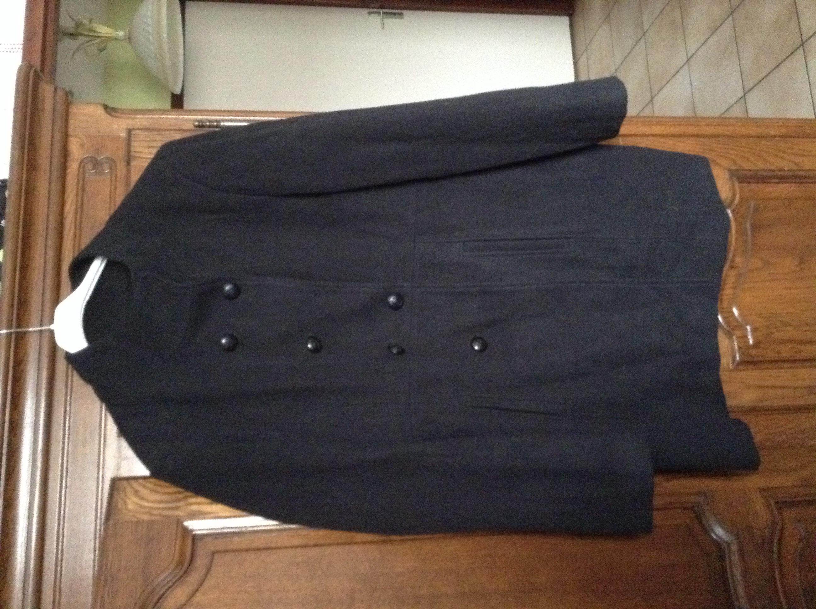 707d8fb61b7f3 Achetez manteau long femme quasi neuf, annonce vente à Dijon (21 ...