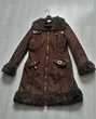 Manteau marron élégant et chaud