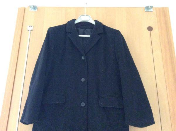 Manteau noir en laine  15 Lille (59)