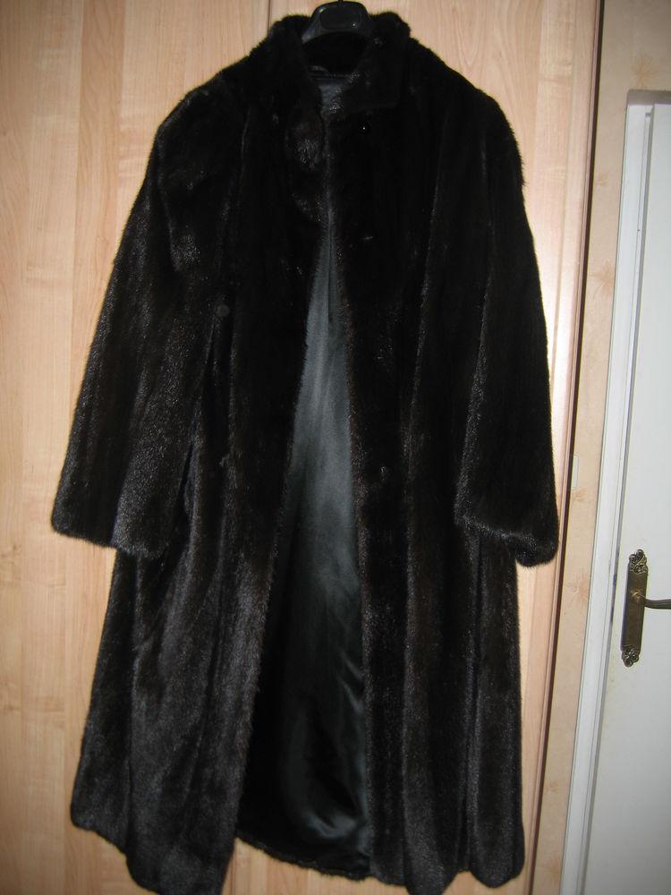 manteau cintré vison noir