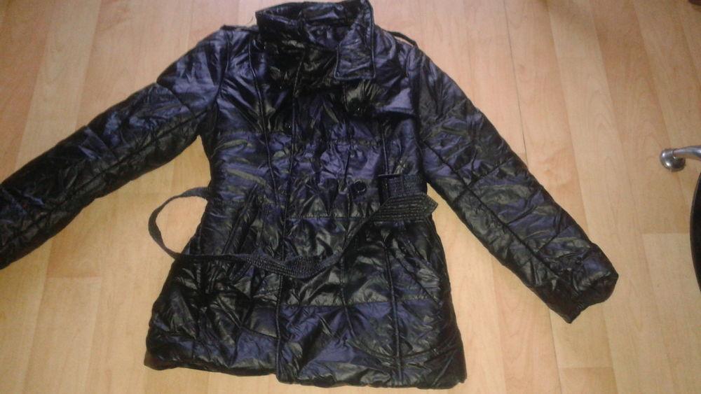 manteau noir  L 4 Poitiers (86)