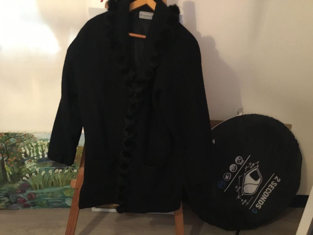 Manteau noir  35 Bezons (95)
