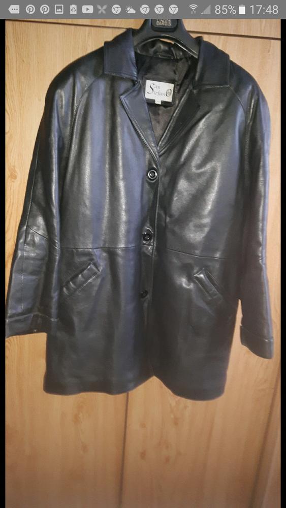 Manteau de peau  femme de couleur noir. Pour l'hiver  38 Wattrelos (59)