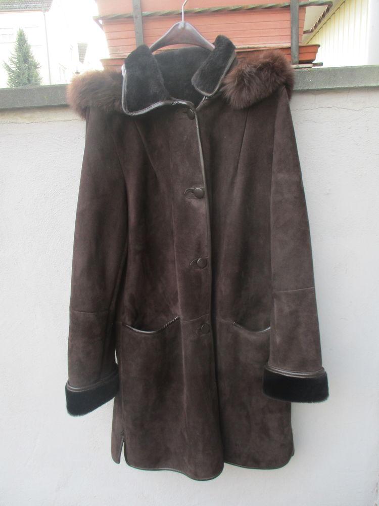 Manteau en peau lainé coloris marron avec capuche 250 Bischheim (67)