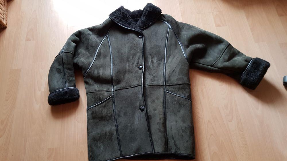 Manteau en peau retournée vintage (42/44) 60 Triel-sur-Seine (78)