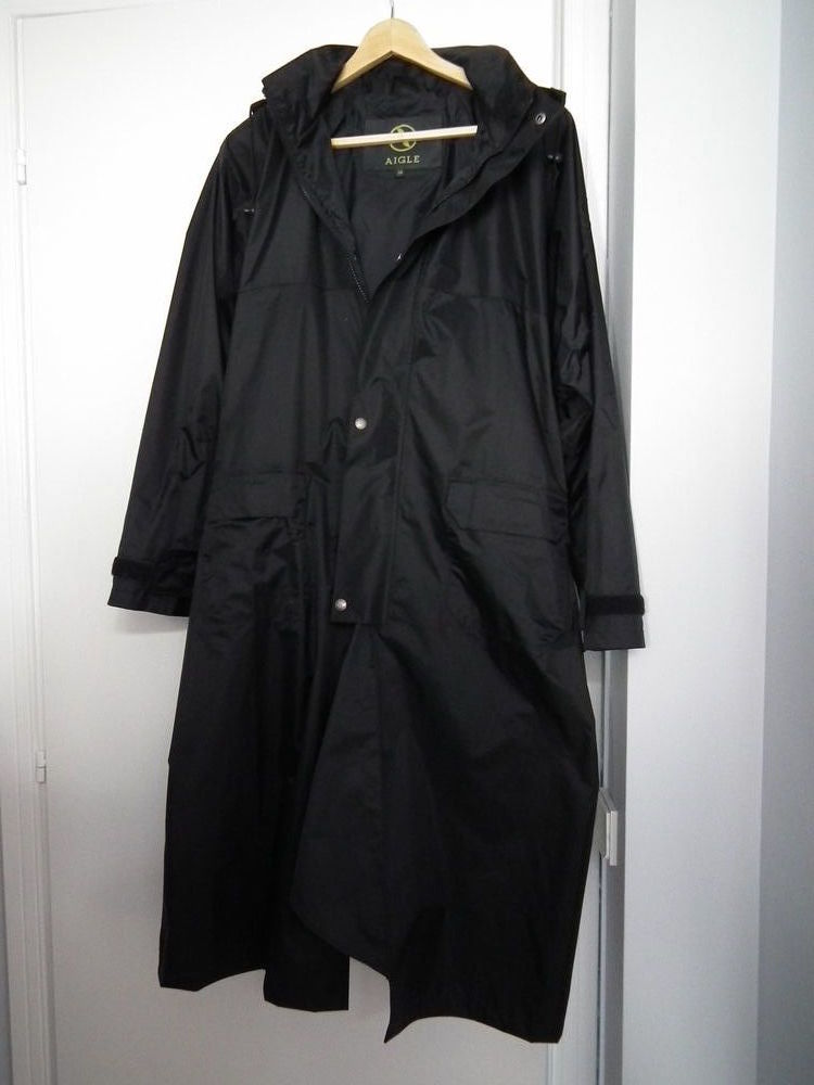 Manteau de pluie homme 30 Annecy (74)