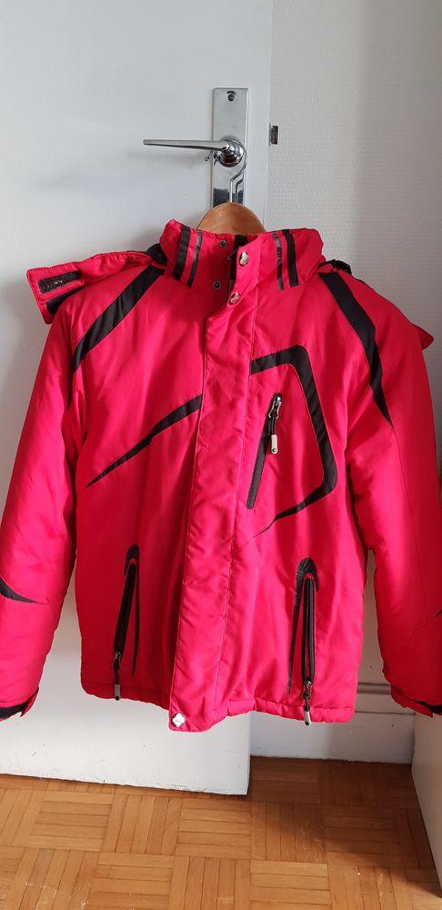 Manteau rouge garcon 15 Paris 20 (75)