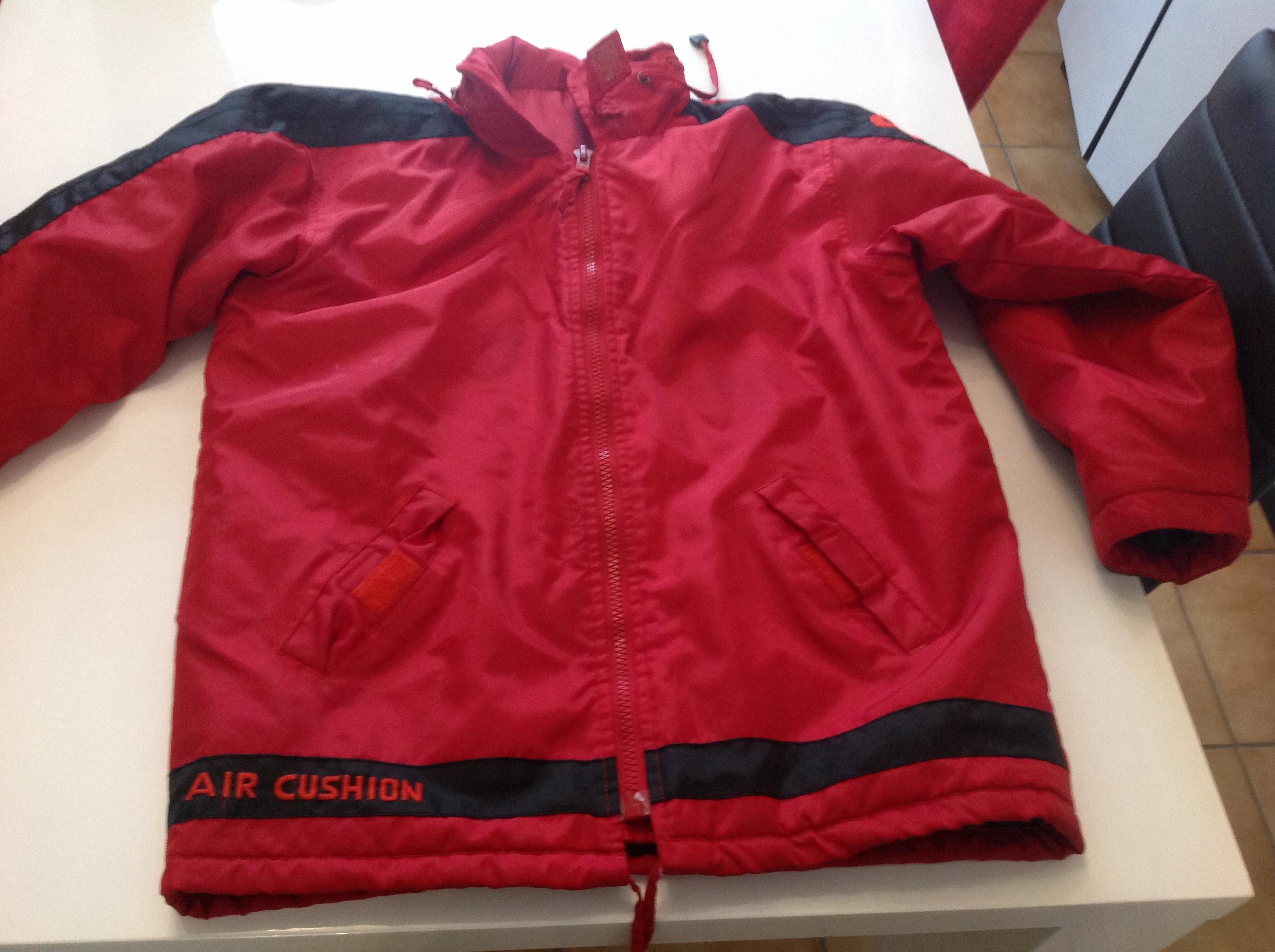 manteau rouge et noir 14 ans 10 Saint-Chéron (91)