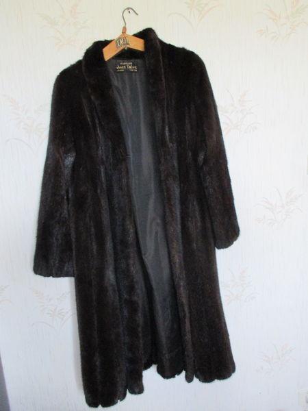 Manteau de vison Blacklama 1000 Saint-Herblain (44)