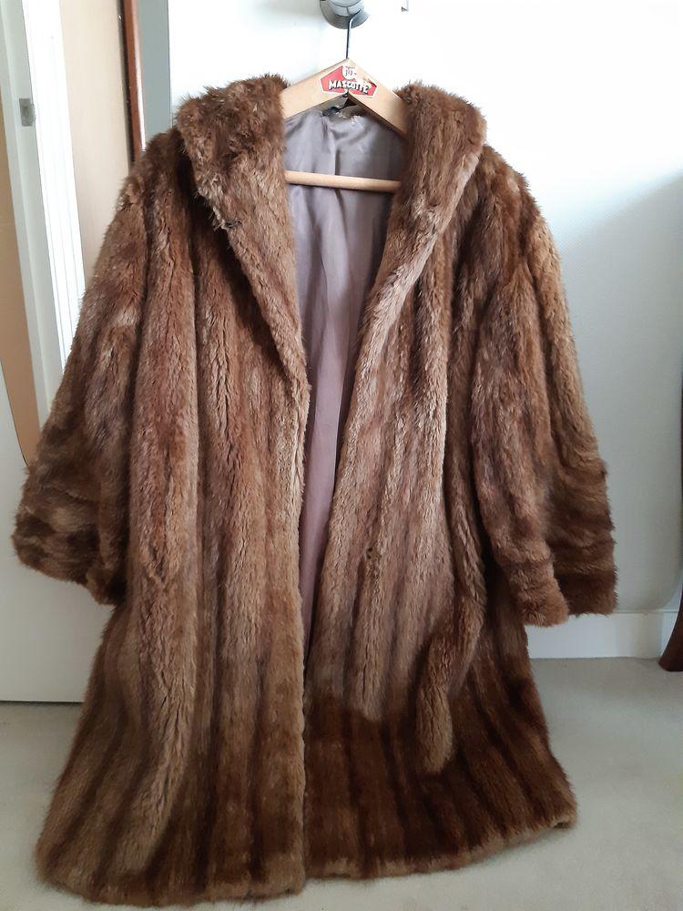 manteaux de fourrure  vintage  0 Nantes (44)