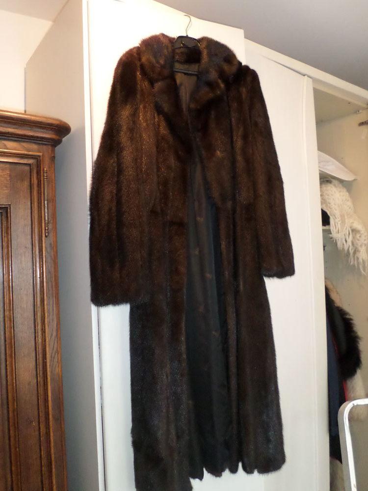 manteaux de vison (1200 E pour les 3 manteaux - A débattre ) 1200 Ronchin (59)