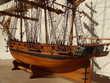"""Maquette de bateau """" L'ASTROLABE """" 1825 : Décoration"""