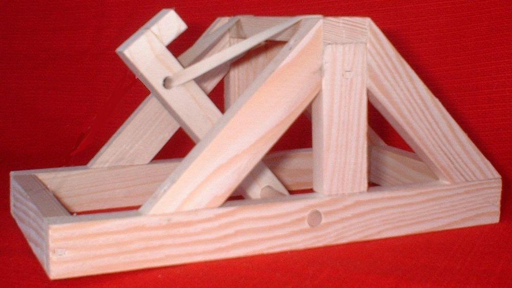 Maquette de catapulte 15 Nantes (44)