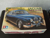 Maquette Tamya  de Jaguar MKII au 1/24 e