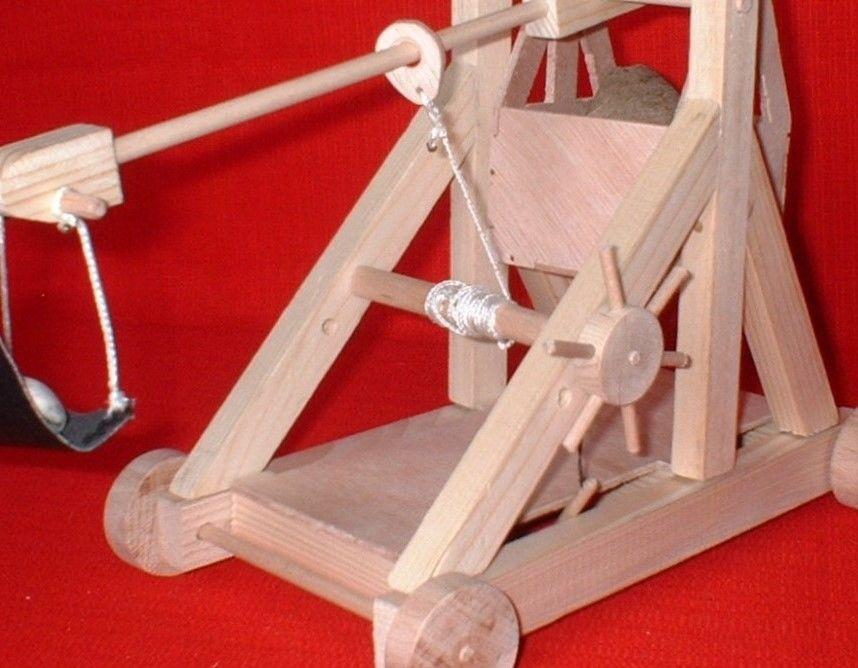 Maquette de trébuchet à roues 55 Toulouse (31)
