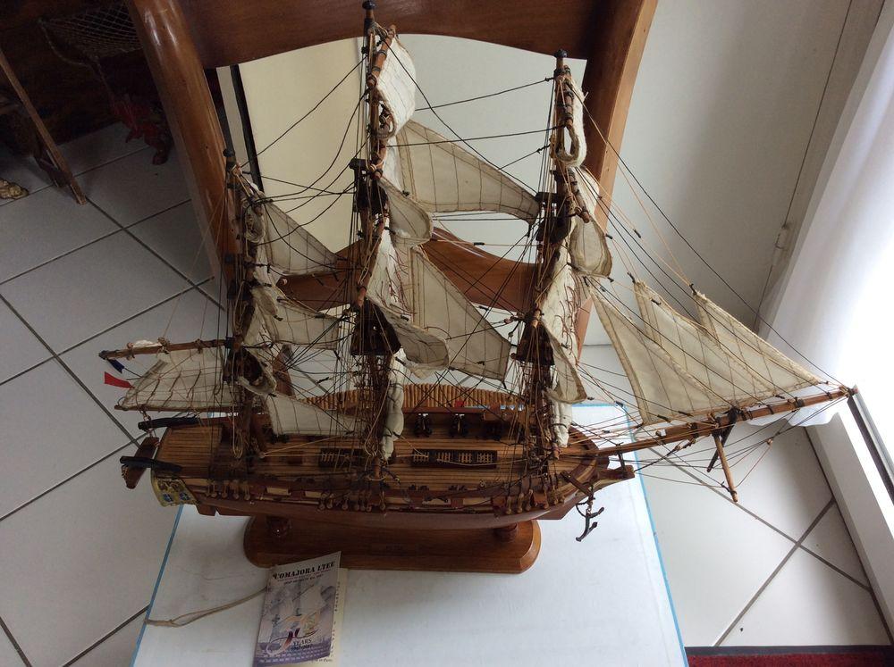 Maquette Trois Mâts Victor marque Comajora LTÉE Île Maurice  100 Gif-sur-Yvette (91)