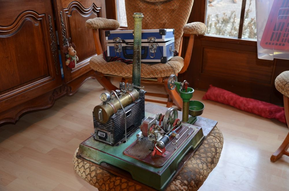 Marklin - Machine à vapeur statique - Collector 395 Le Val-d'Ajol (88)