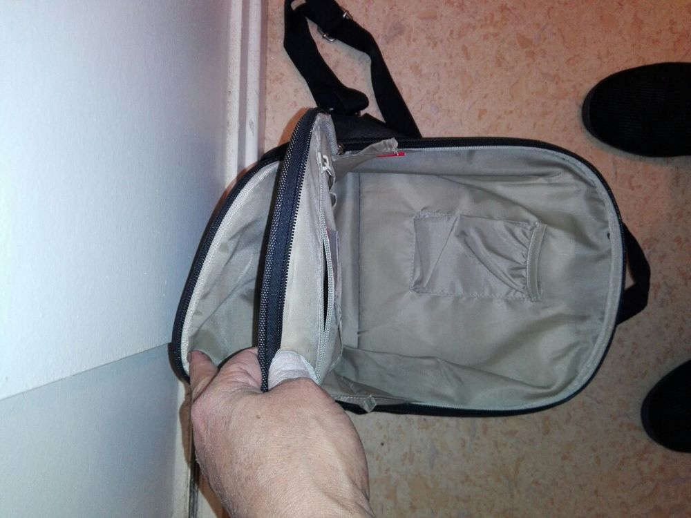 de marque kappa ,neuve noir ,sac à dos moyen de taille 30cm sur26cm. 15 Flers-en-Escrebieux (59)