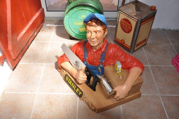 Mascotte du constructeur outillage Stanley 450 Biarritz (64)