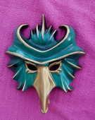Masque décoratif en porcelaine (coloris vert) 8 Montauban (82)