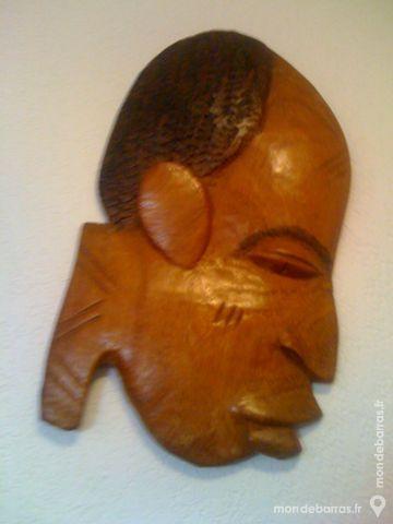2 masques africains en bois 25 Aix-en-Provence (13)
