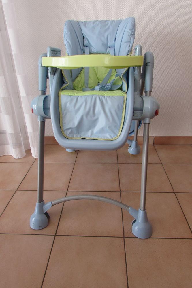 Lit, matelas, chaise, siège auto pour bébé 60 Lagord (17)