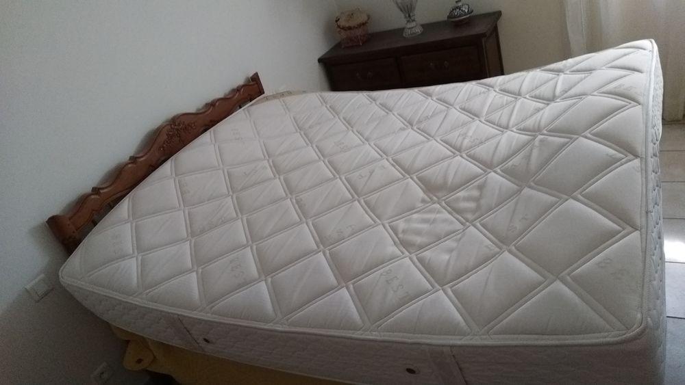 meubles occasion carpentras 84 annonces achat et vente de meubles paruvendu mondebarras. Black Bedroom Furniture Sets. Home Design Ideas