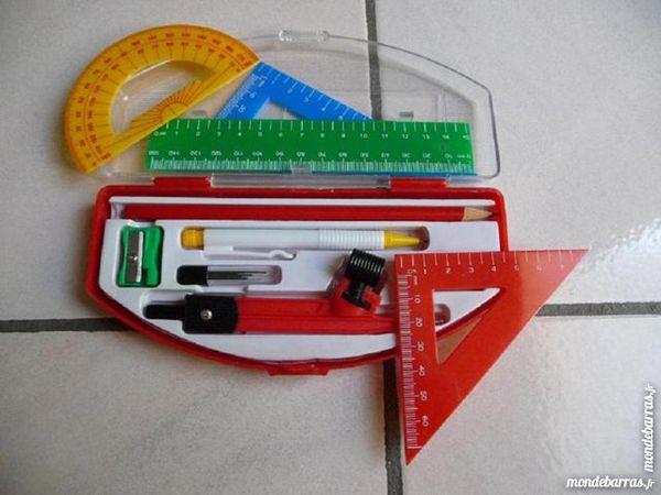 Matériel scolaire de géométrie rentrée des classes Jeux / jouets
