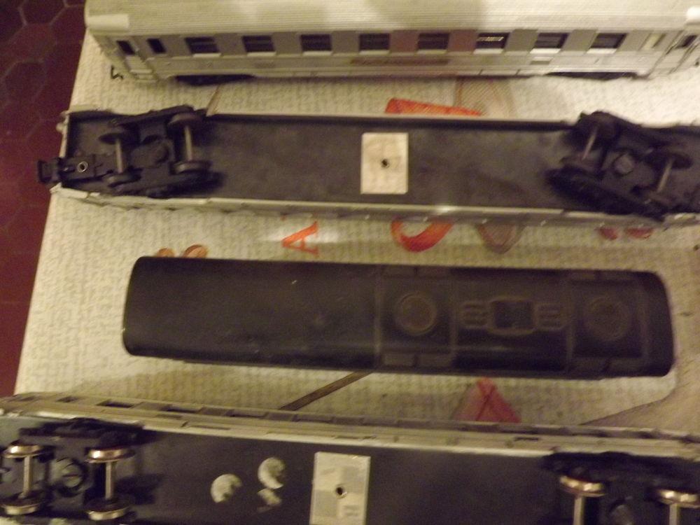 Lot de matériels roulants en Ho dont objets rares 0 Carnoules (83)