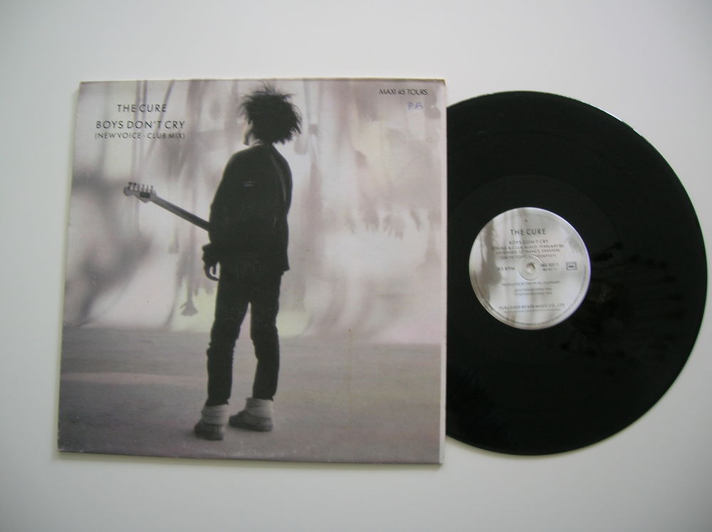 MAXI 45 TOURS THE CURE Boys don't cry 20 Nantes (44)