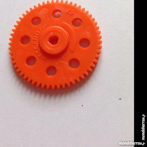 Meccano , lot de 3 roues de 57 dents plastiques or 2 Montereau-Fault-Yonne (77)
