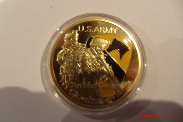 Médaille commémorative US ARMY 10 Le Luc (83)