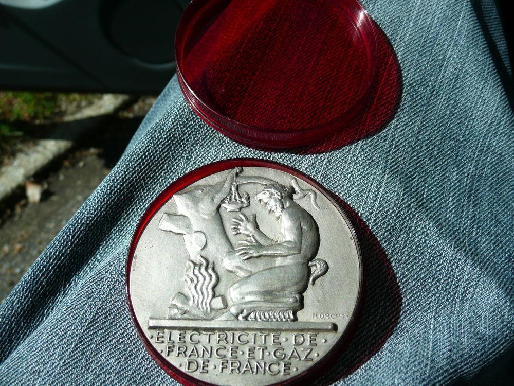 Médaille  électricité de France & gaz de France 25 Bordeaux (33)