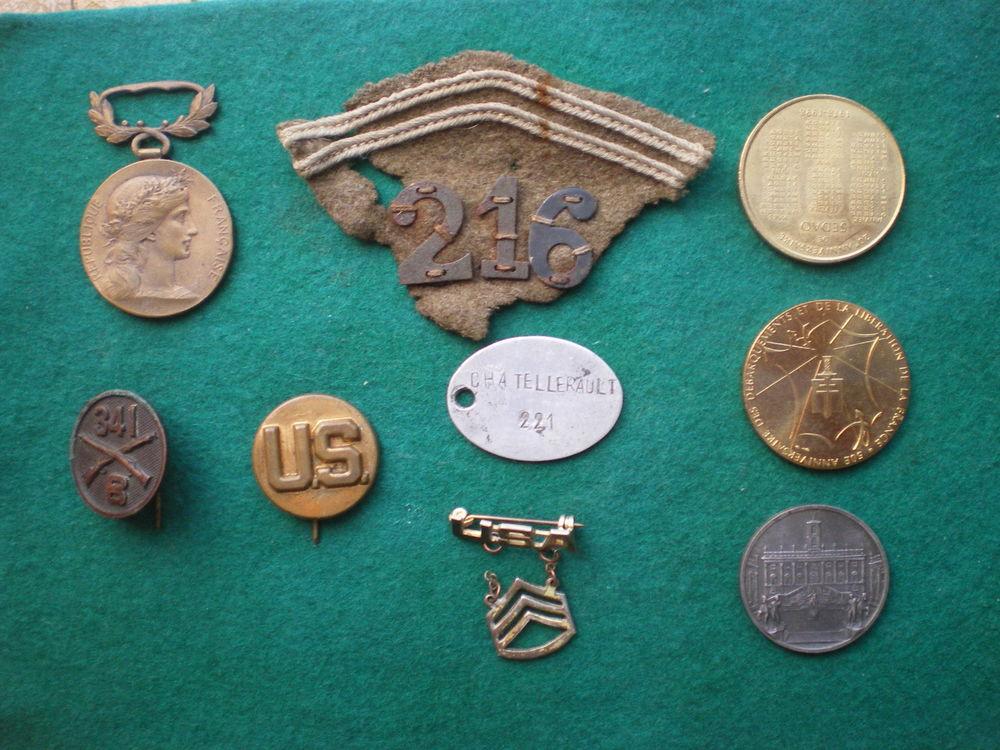 Médailles - Insignes USA et divers. 50 Caen (14)