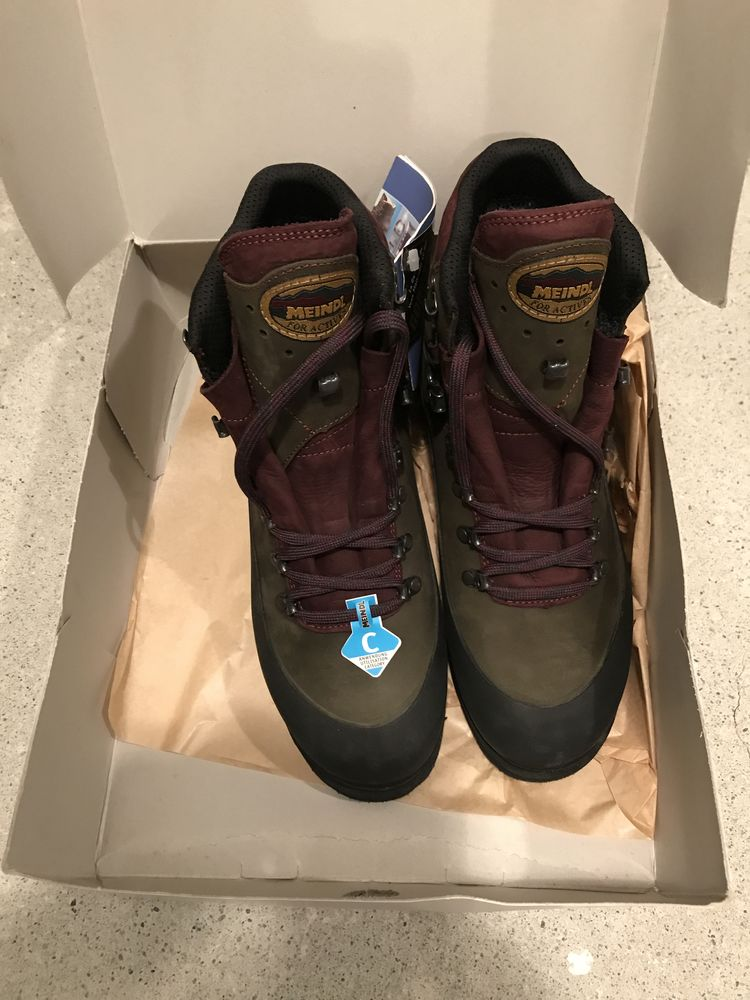 Meindl- Gore-Tex P 42 Chaussures