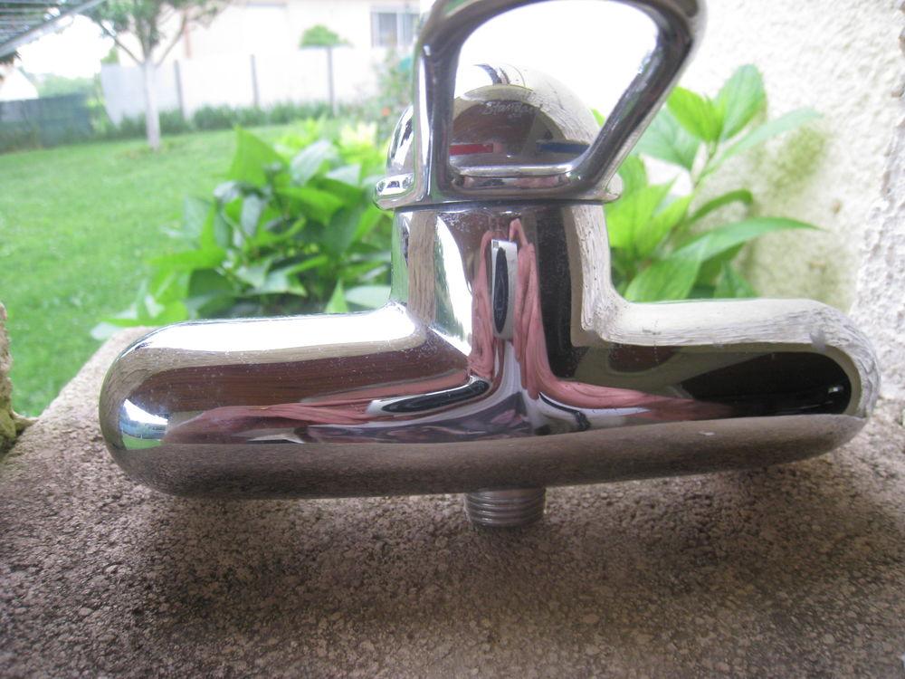 c61b673fa57295 Baignoires occasion , annonces achat et vente de baignoires ...