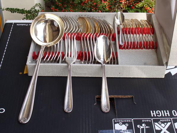 Ménagère en métal argenté CHRISTOFLE 200 Luze (70)