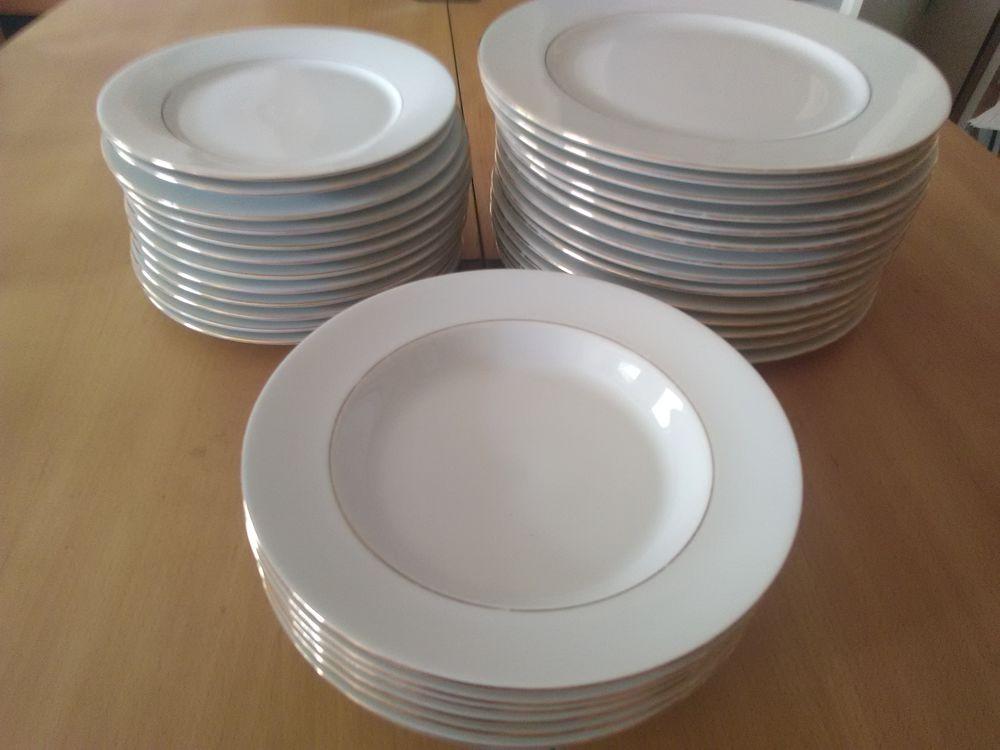Ménagère en porcelaine de marque HOTESSE 80 Bouguenais (44)
