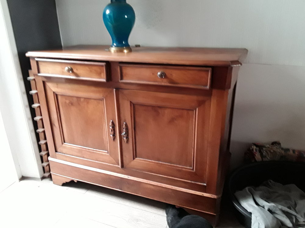 meuble ancien bahut buffet  en merisier massif 310 Marcq-en-Barœul (59)