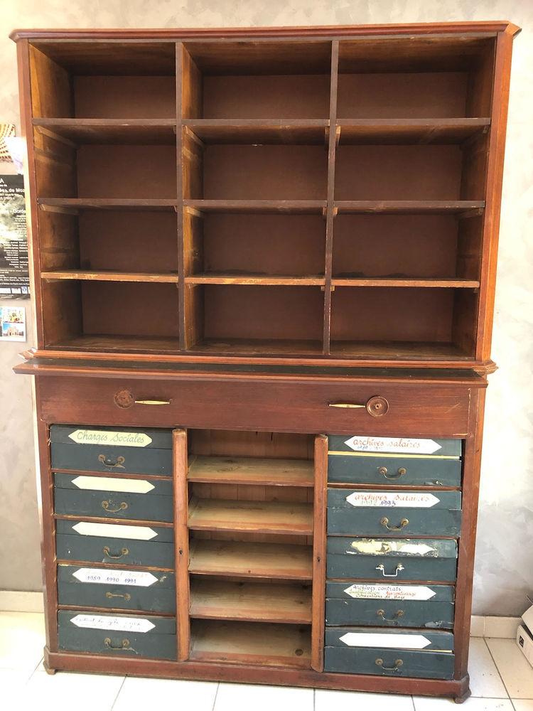 meuble ancien de professionnel 1500 L'Isle-sur-la-Sorgue (84)